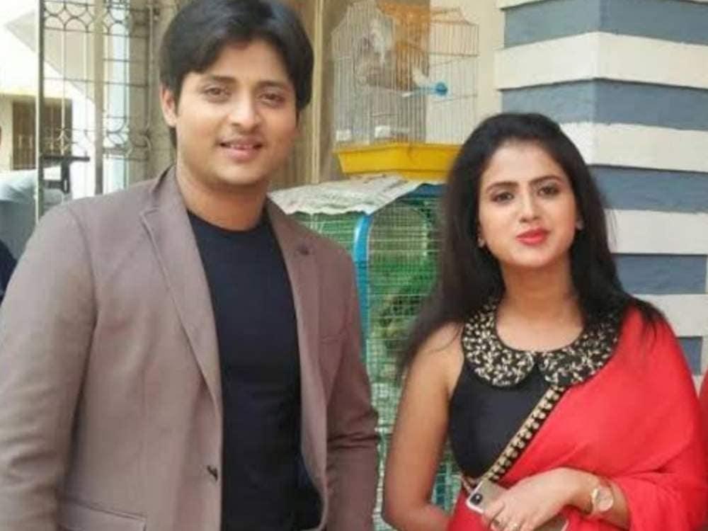 babushan mohanty wife photo   trupti satapathy with babushan